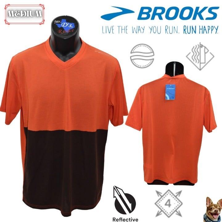 Brooks Medium Orange Fly By S/S V-Neck