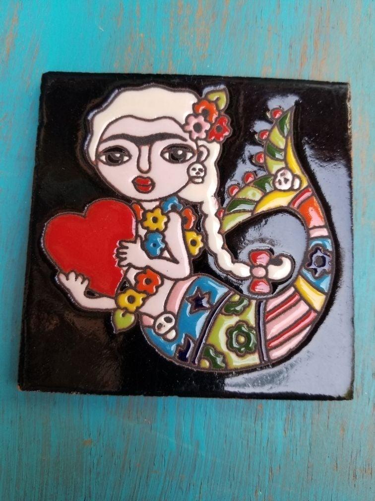 Blonde Frida mermaid tile tallavera