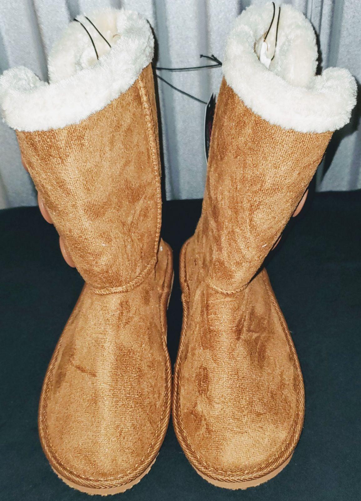 Bobbie Brooks Fur Boots | Mercari