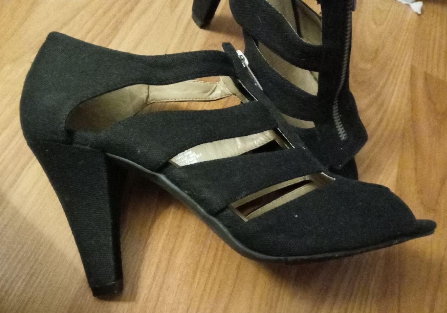 Lane Bryant size 9b heels