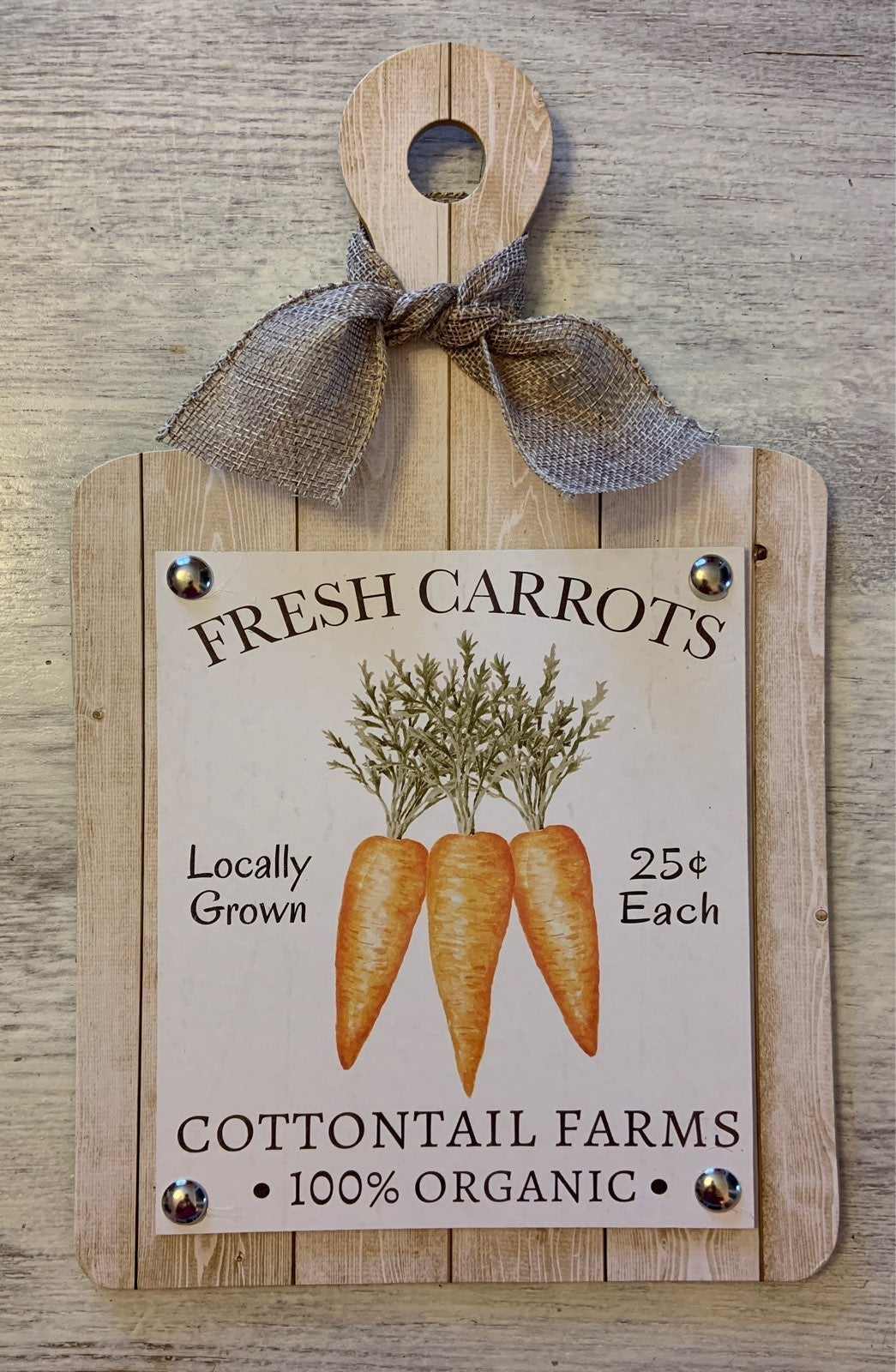 Farmhouse Carrot Cutting Board Sign