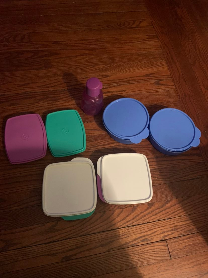 Tupperware bowls & cup lunch sets