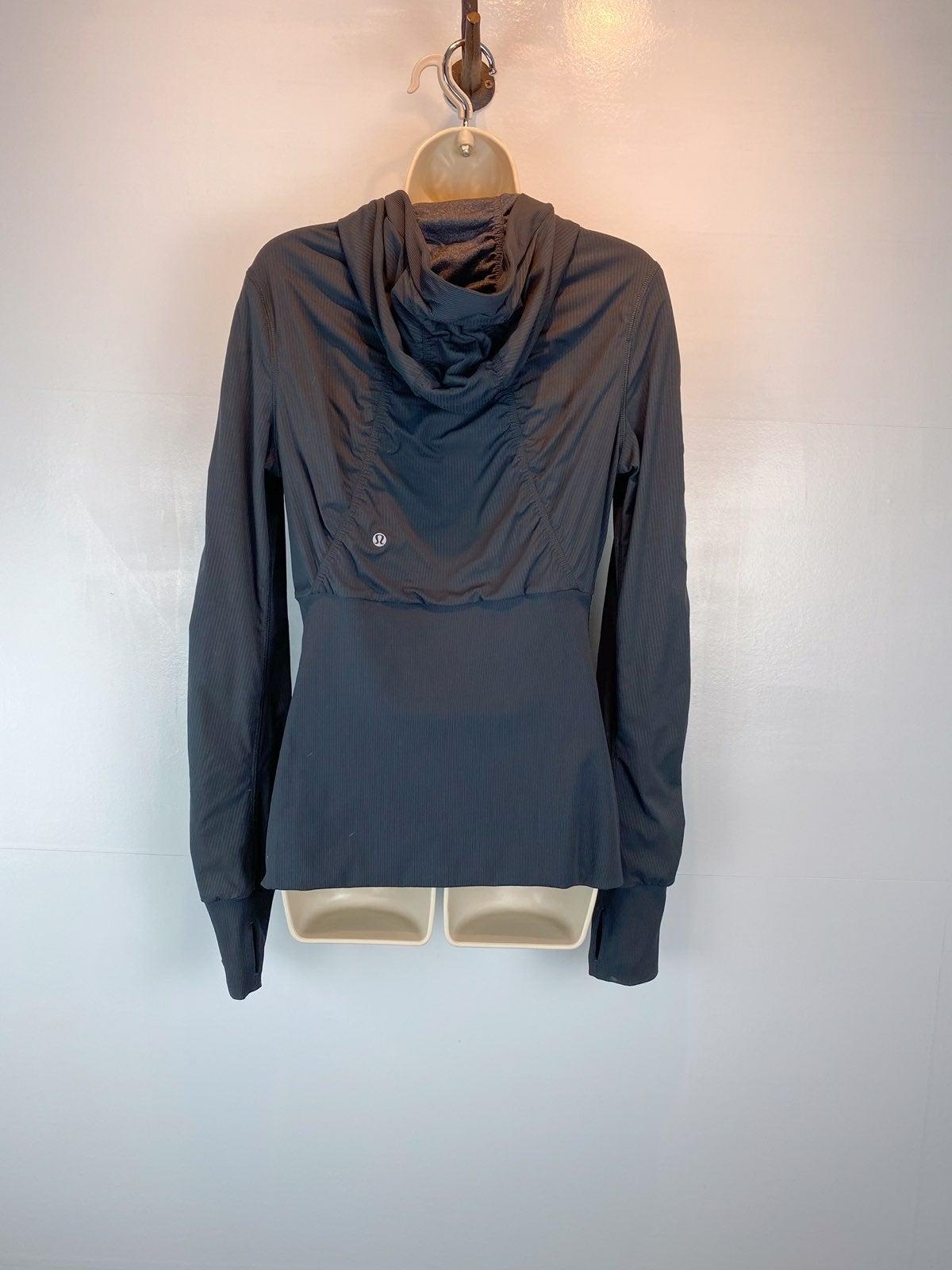Lululemon cool down hoodie sz 8