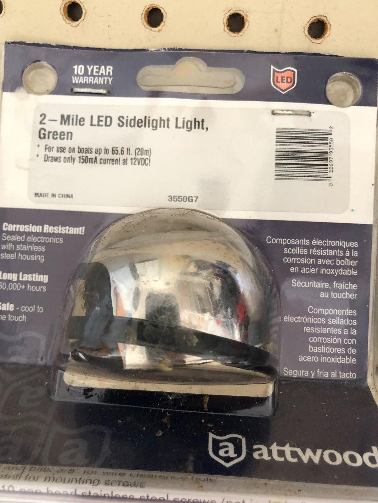 Atwood  2 Mile LED  Navigation Light