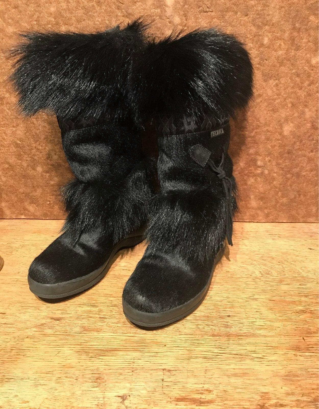 black fur boots Size 6 US