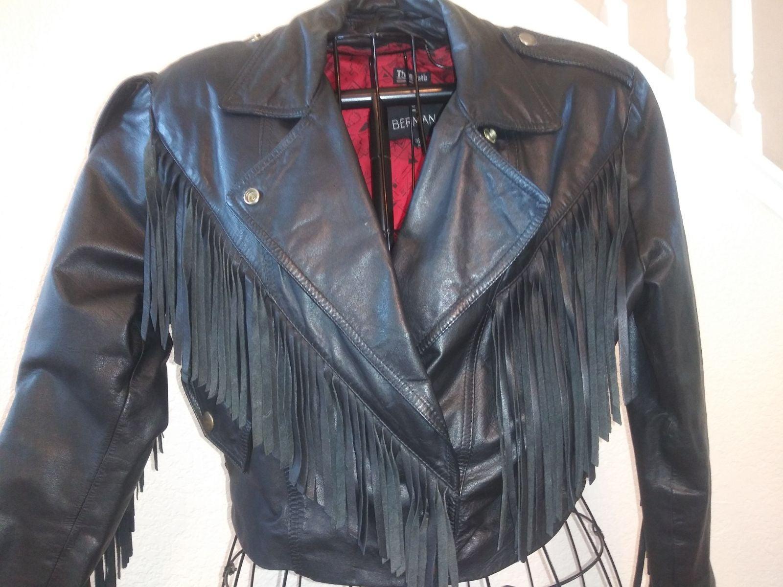 Black fringe leather jacket med.