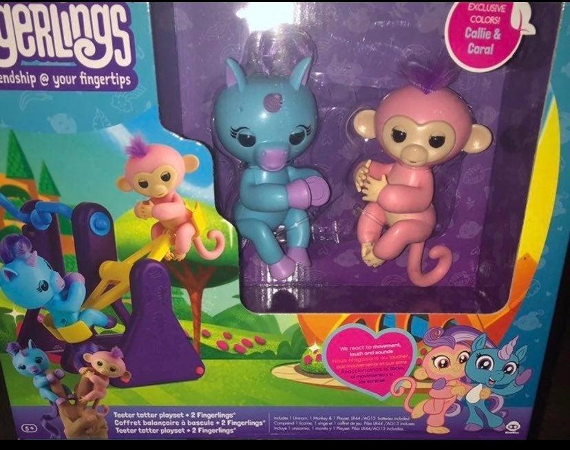 Fingerlings monkey & unicorn w/ playset