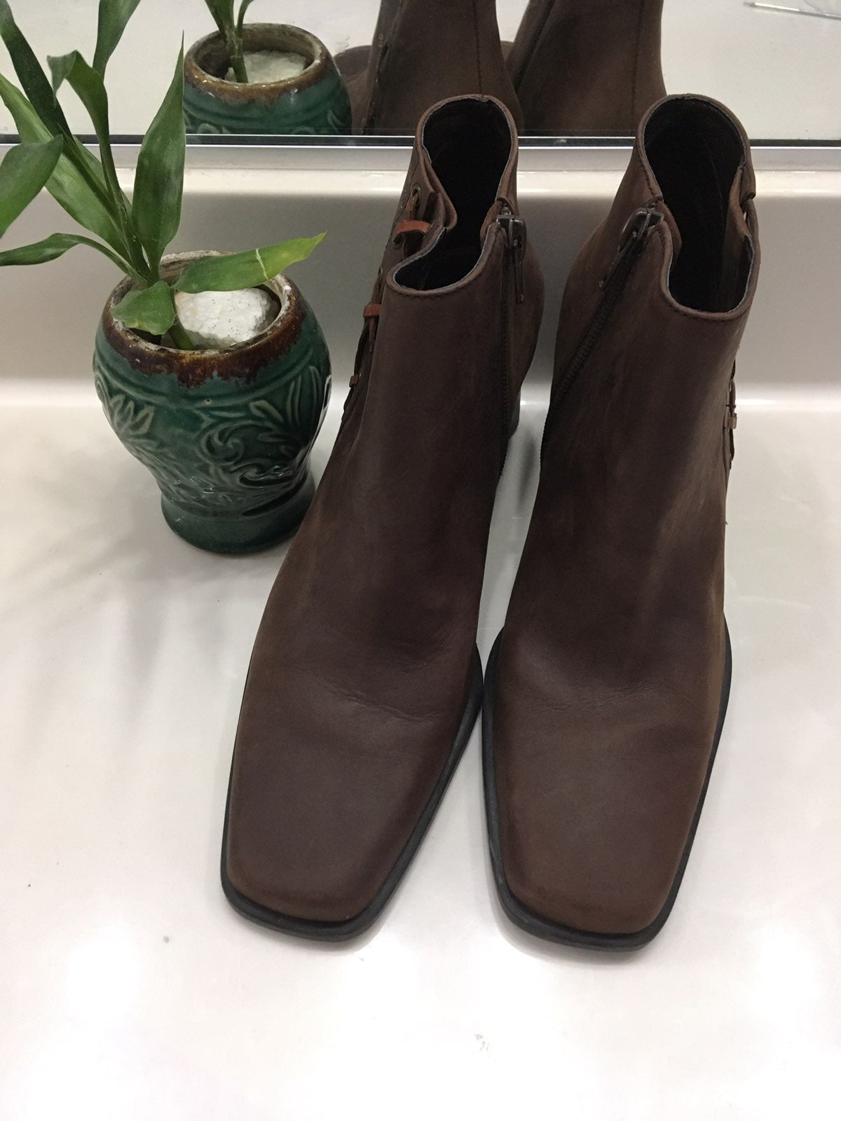SADDLE Brown Leather Heeled Boots