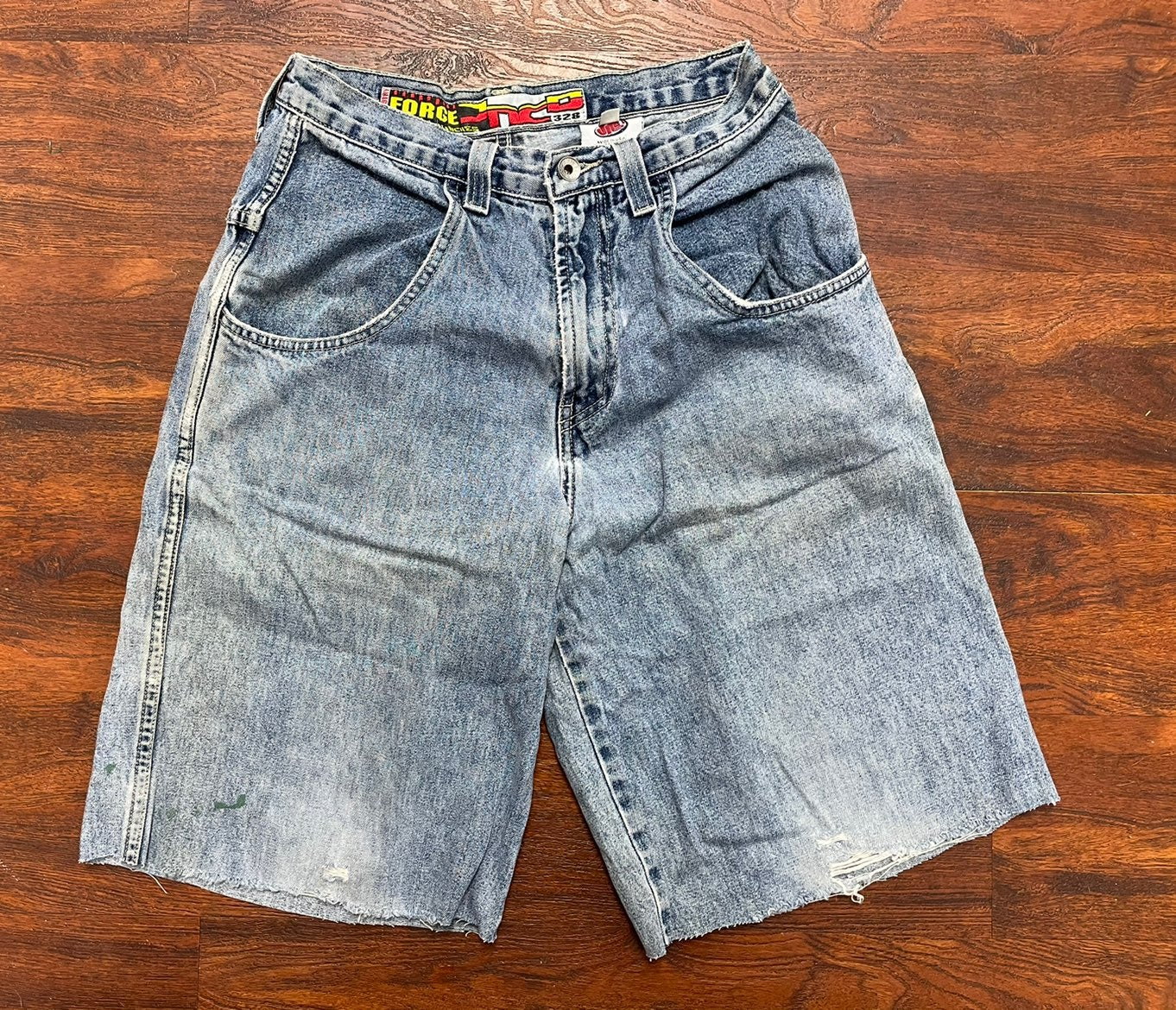 Jnco jean shorts size 30