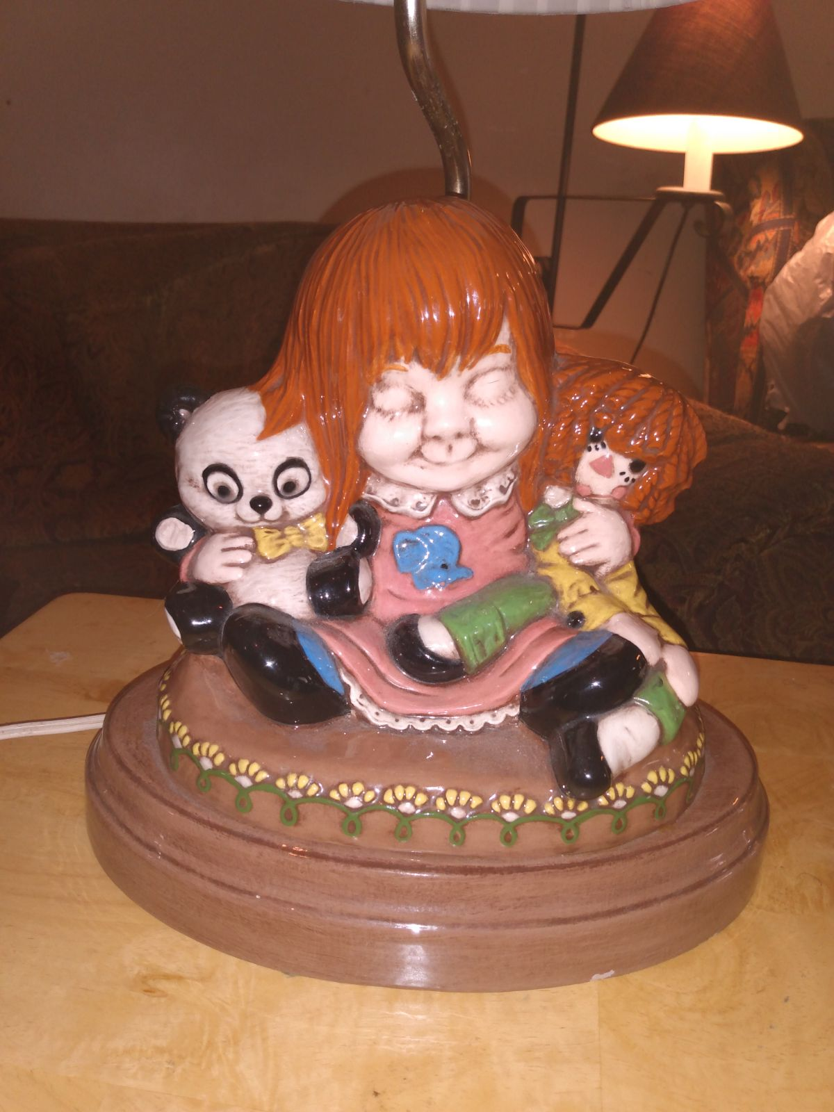 Holland Mold Child's Lamp
