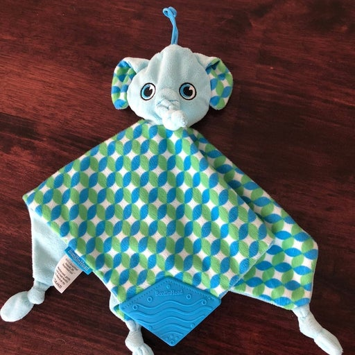 Baby soother blanket