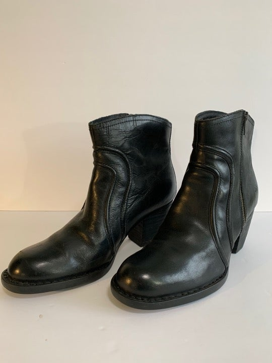 Women's Ankle Boot Black Leather sz 11