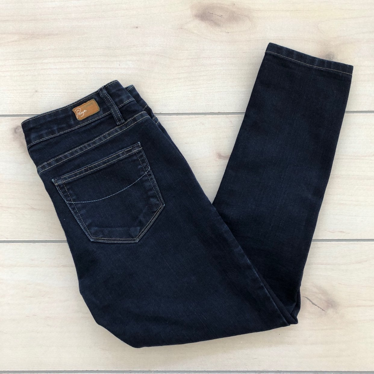 Paige maternity Skinny Cropped Jeans 27