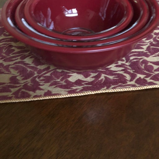 Pyrex glass red 3 nesting bowls