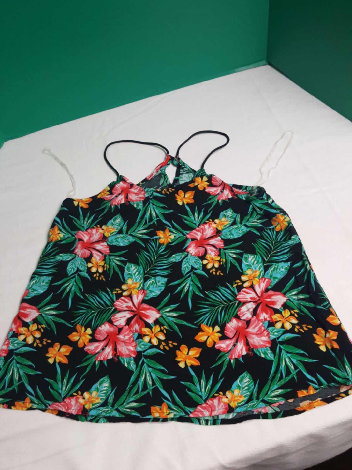 Tank top for women size small