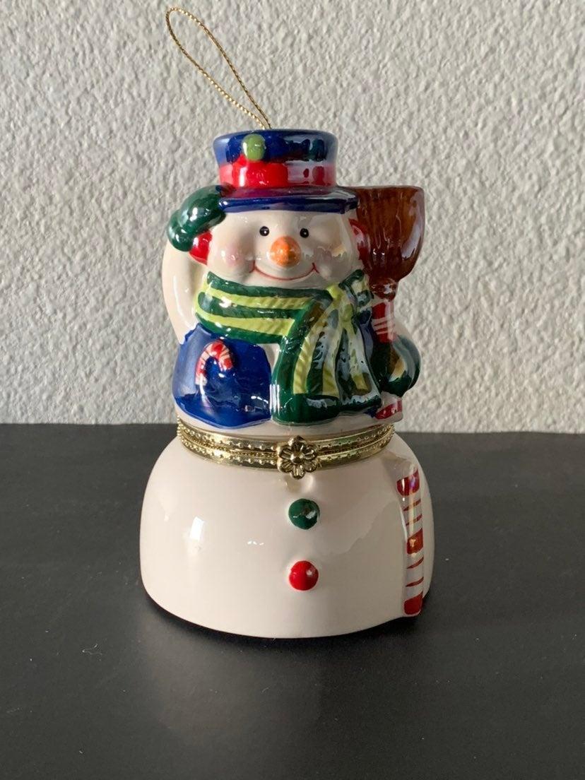 Mr Christmas  Metallic/Porcelain SnowMan