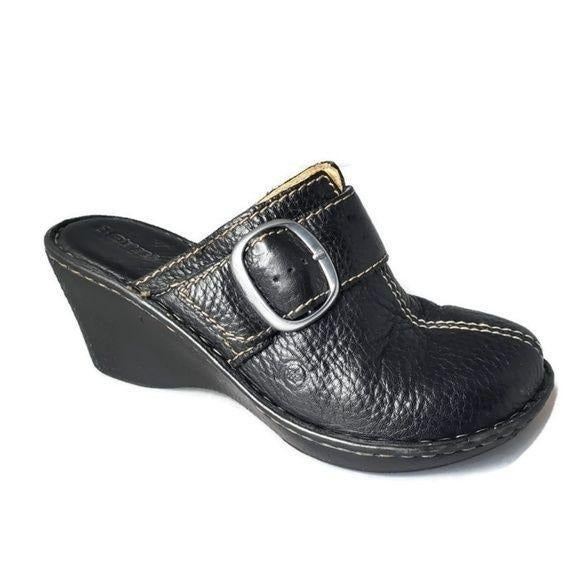 Born Leather Wedge Clogs Black Pebbled 7