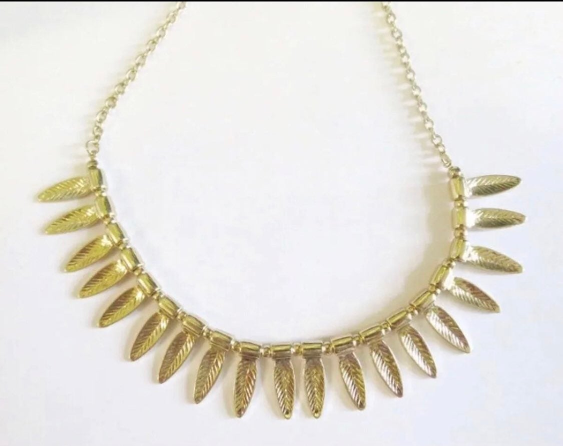 Gold Necklace - boutique jewelry NEW