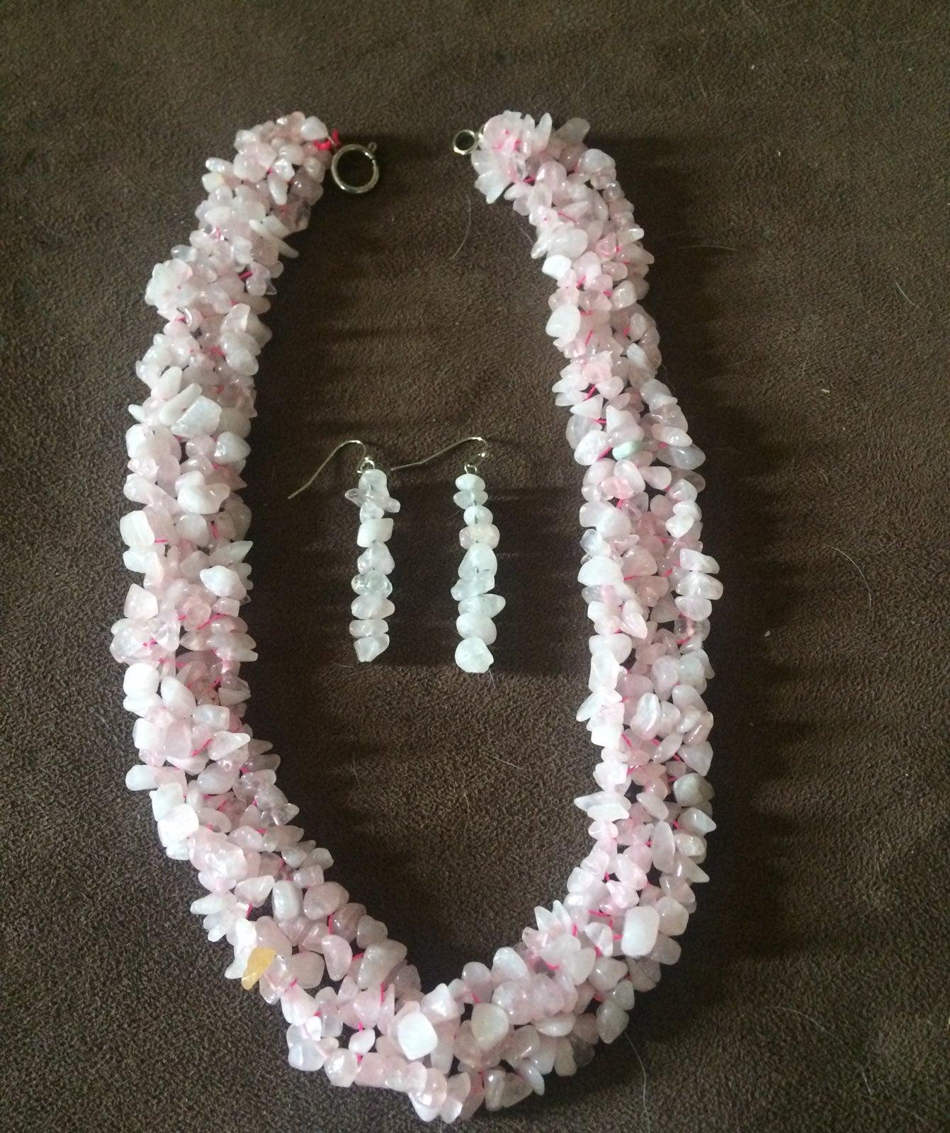 Beautiful rose quartz set