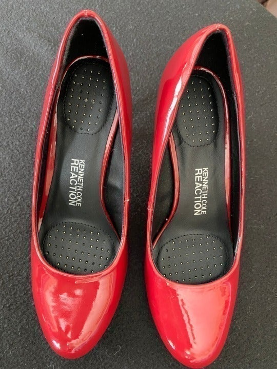"""""""Women's Kenneth Cole Reaction"""" Size-6"""
