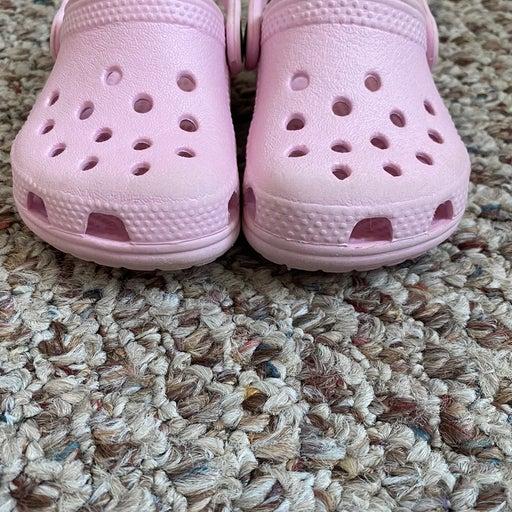 Infant Girl crocs