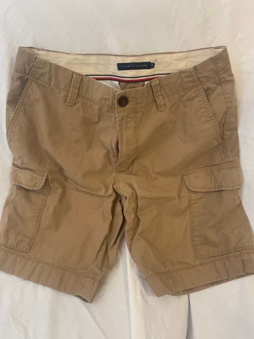 Mens Tommy H Khaki Shorts (32)
