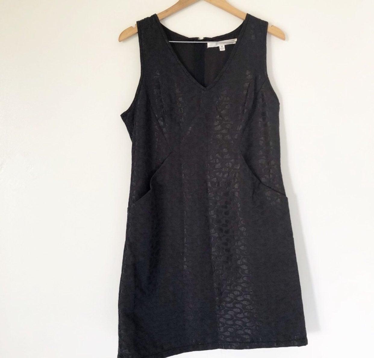 Studio M black printed sheath dress 12