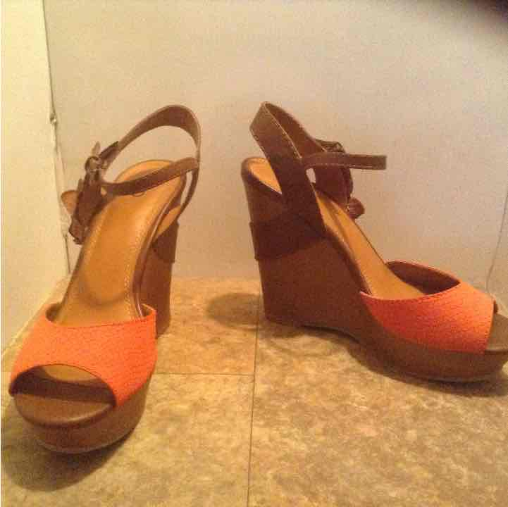 Cato woodlook platform wedges sz 9