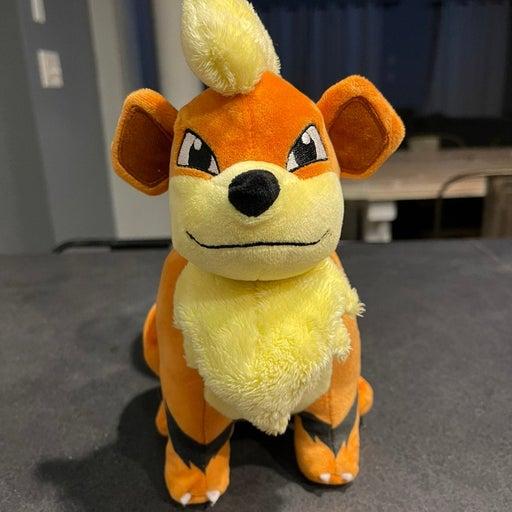 Pokémon Growlithe plush stuffed toy