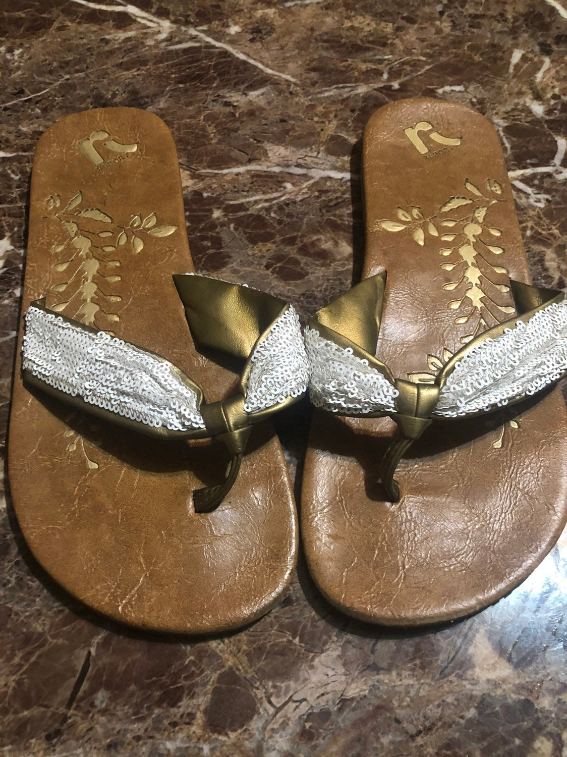 Report sandals size 9 , cute boho style