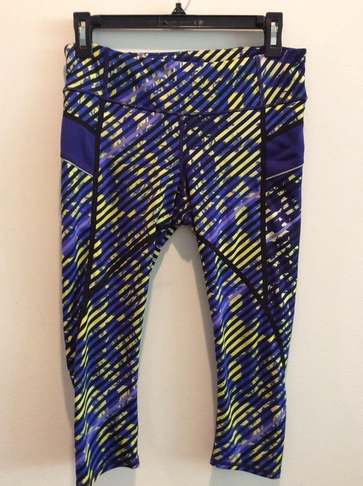 ATHLETA WOMAN'S CROP LEGGINGS SIZE S