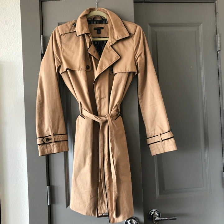 Women's Tommy Hilfiger Tan Trench Coat