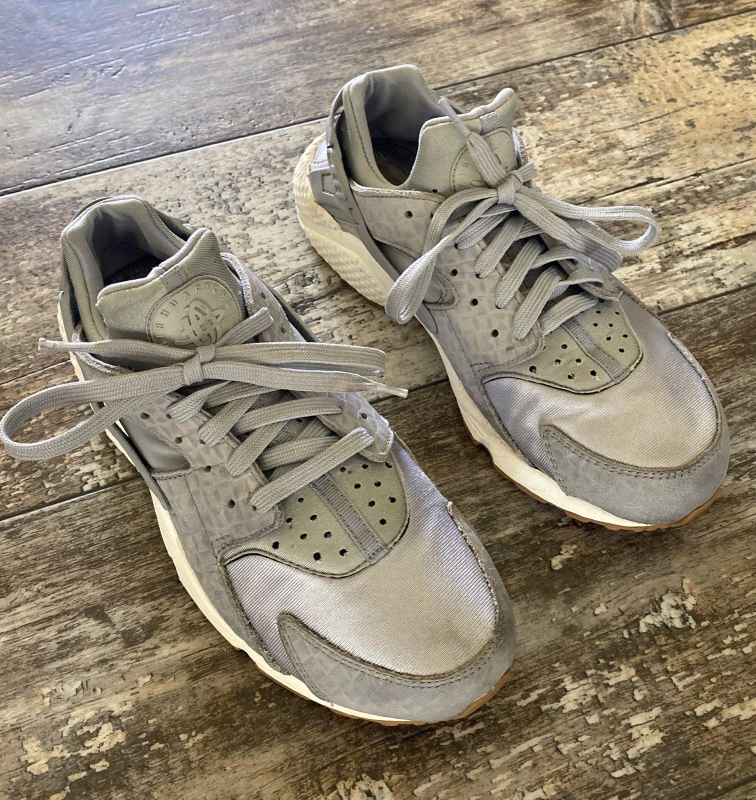 Nike huaraches women sneakers shoes