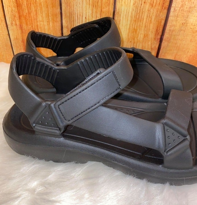 Black Rubber Womens Sandals NIB Size 8