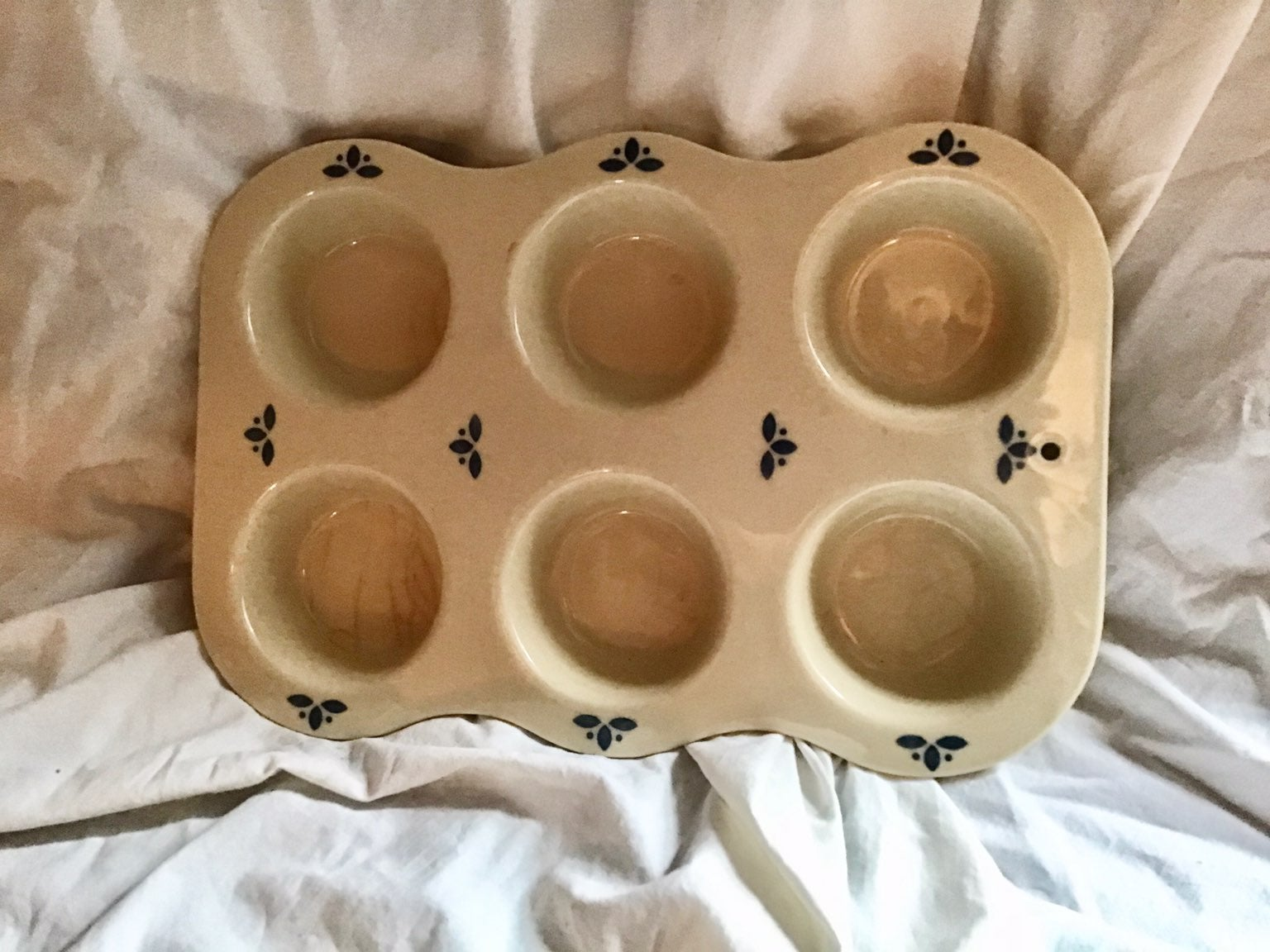 Roseville Pottery Vintage Muffin Dish
