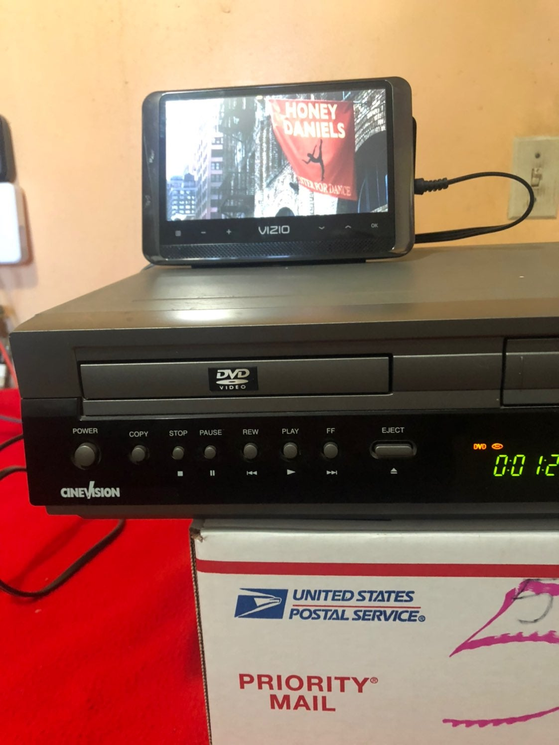 vhs dvd combo player