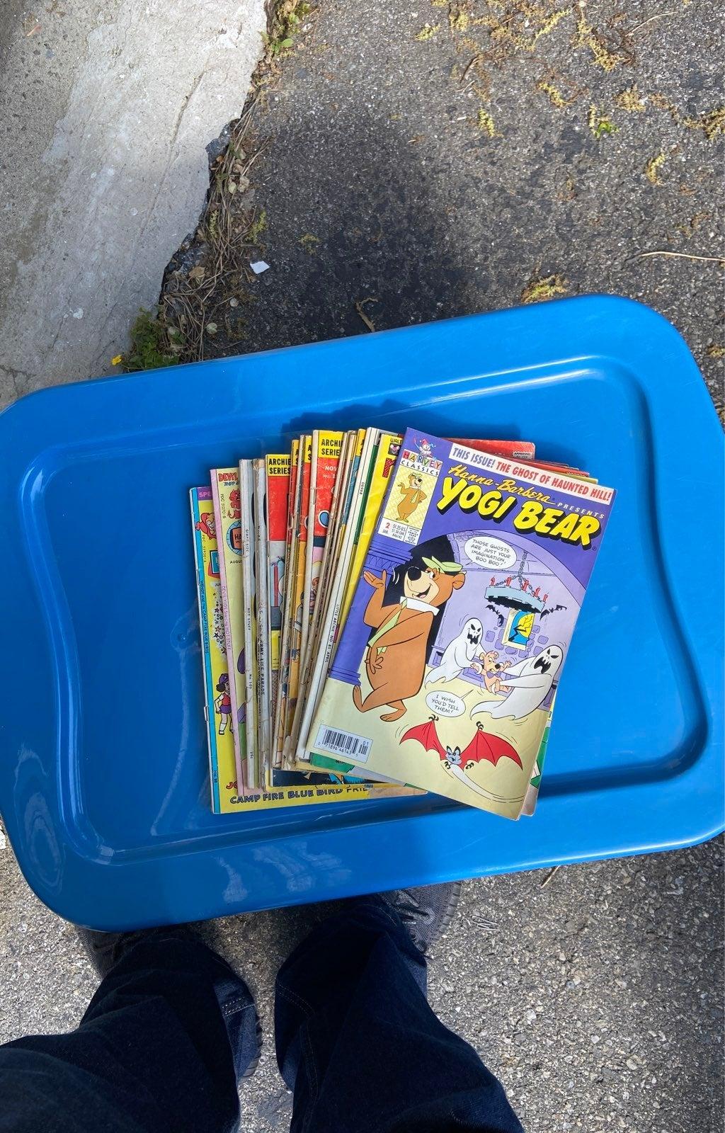 17 Assorted lower grade reader copies
