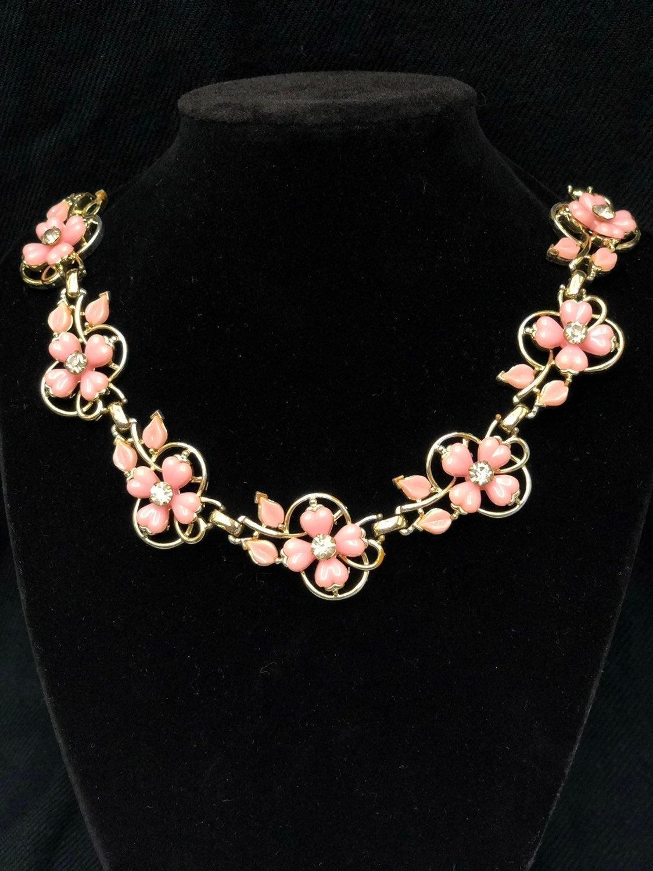 Vintage Trifari pink flower necklace