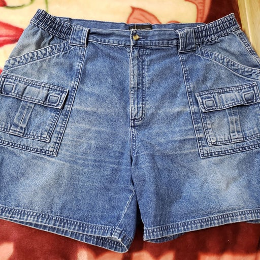 Croft & Barrow jean shorts Size 42