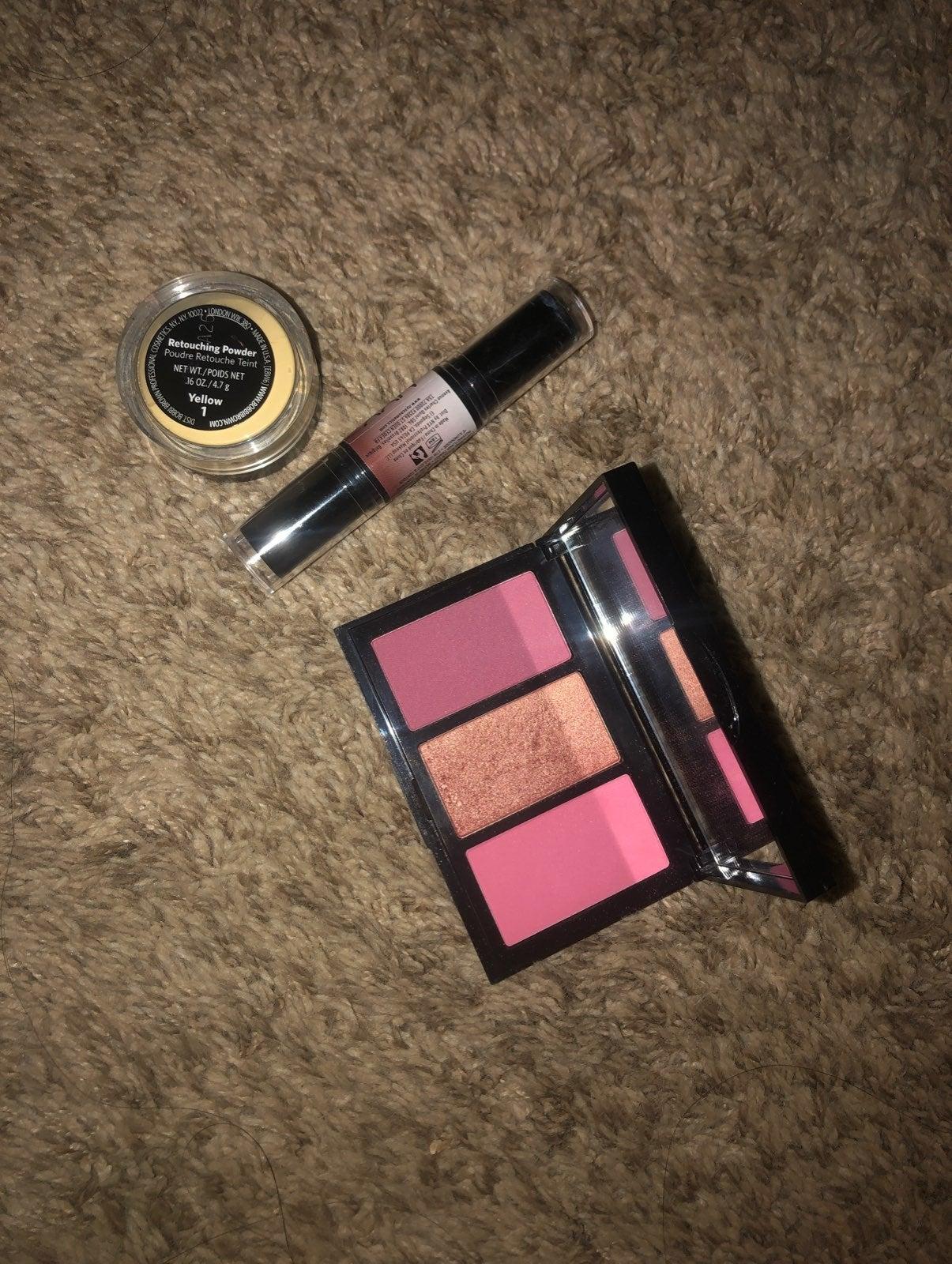 Bobbi brown blush palette and nyx bundle