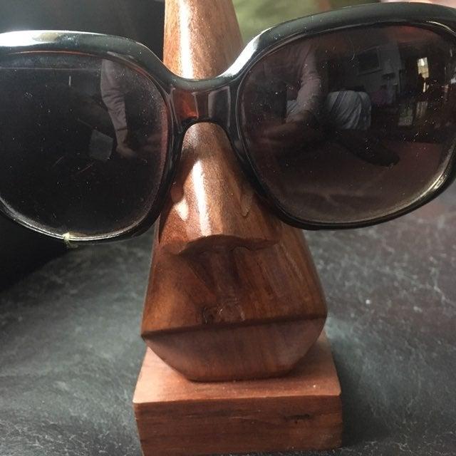 Wood Nose Eyeglass Holder