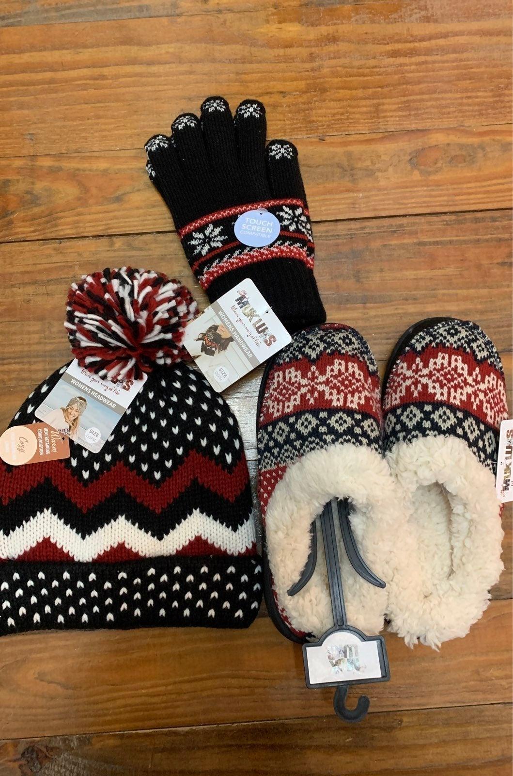 Bundle Muk Luks slippers, beanie & glove
