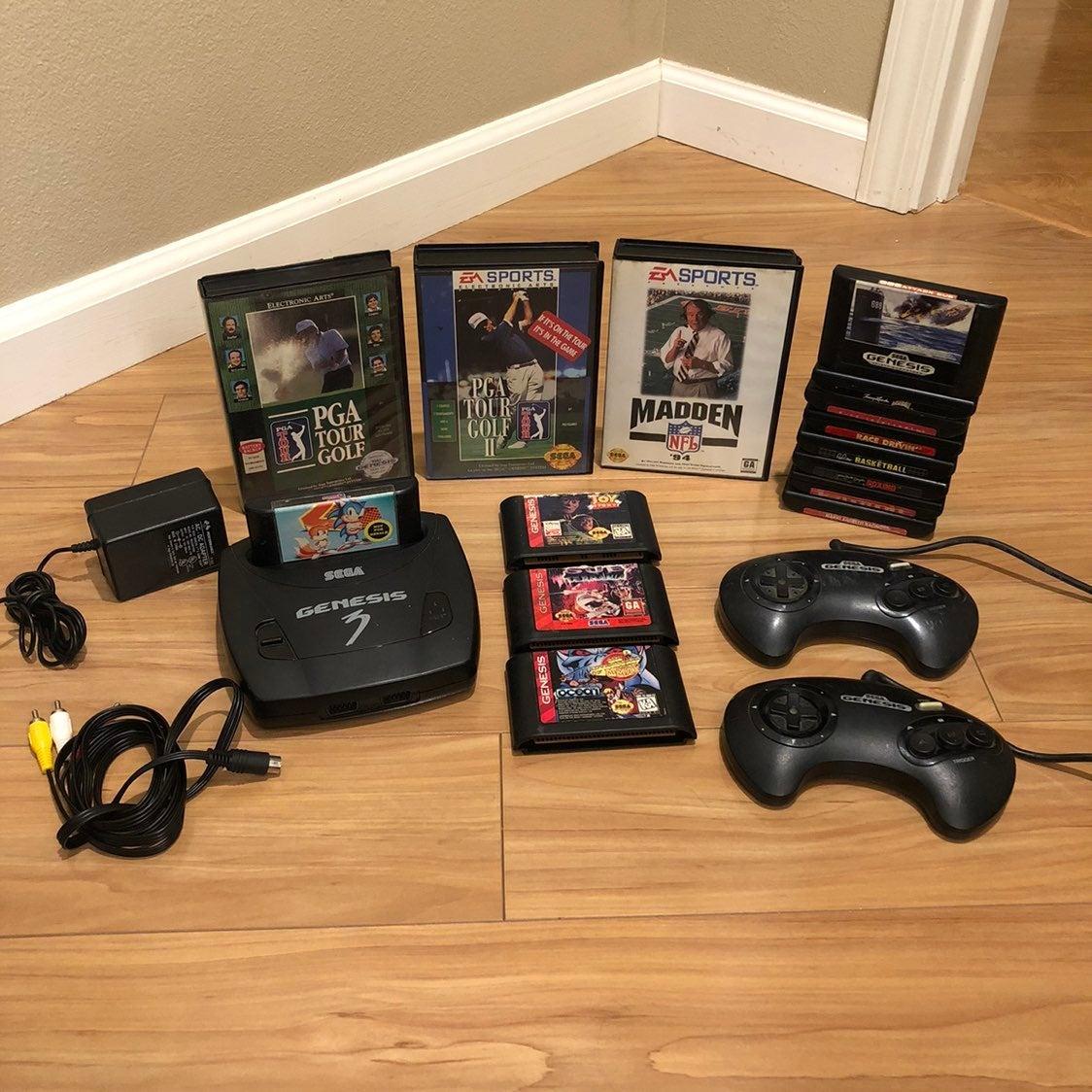 Sega Genesis Model 3 Bundle w 15 Games