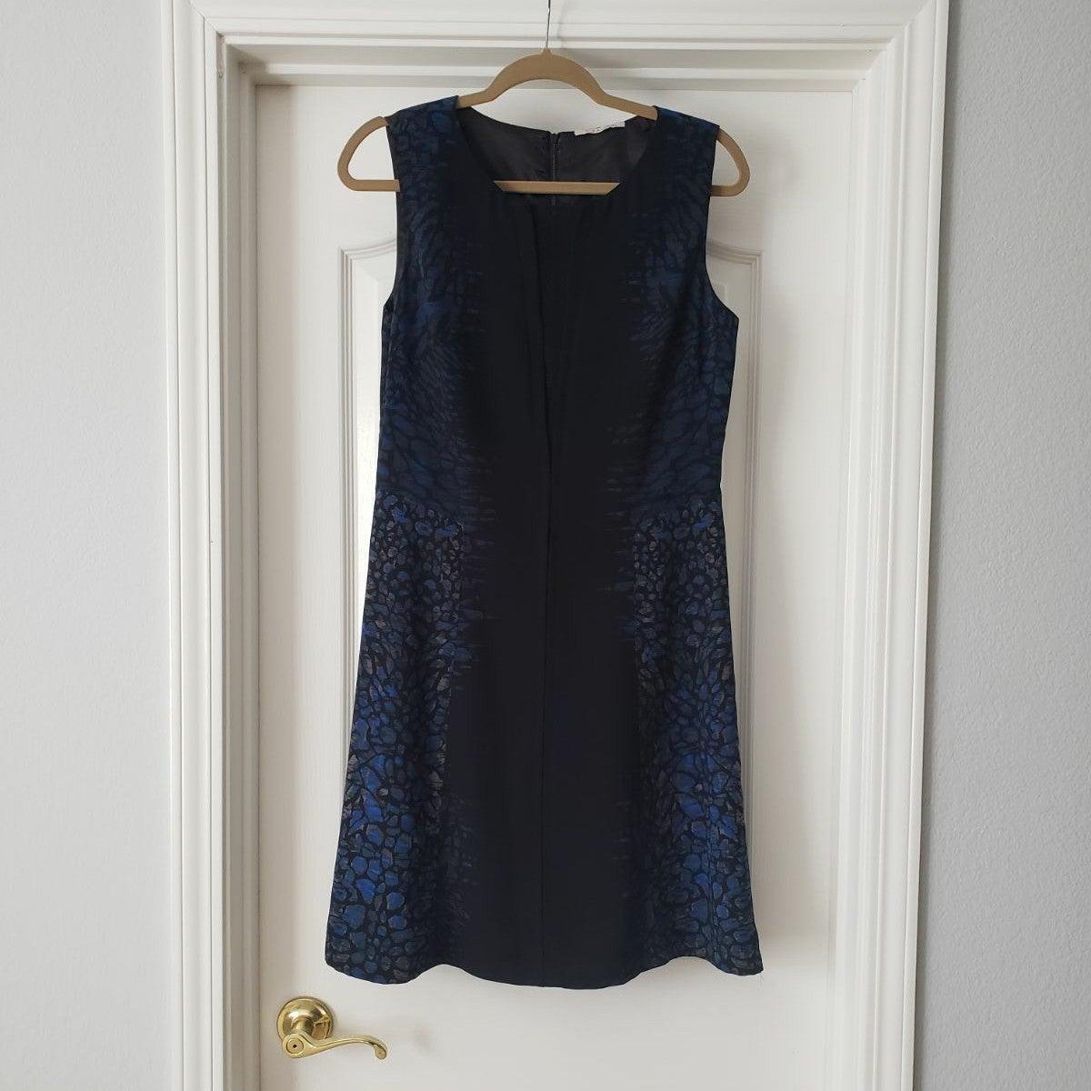 T Tahari Blue And Black Dress (6)