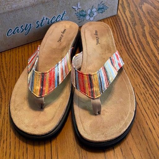 Easy Street Stevie Flip Flop Sandals 9.5