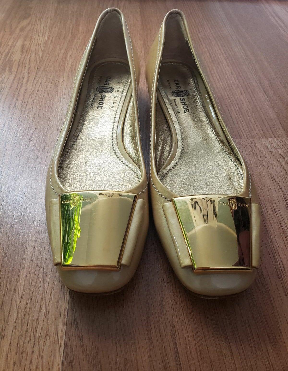 The Original Car Shoe Gold Flats 37.5 7