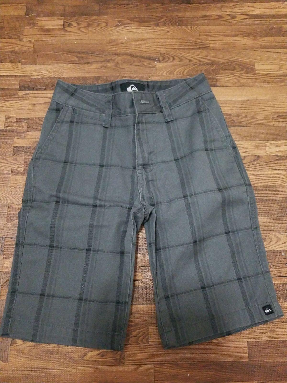 Quicksilver boys shorts size 22