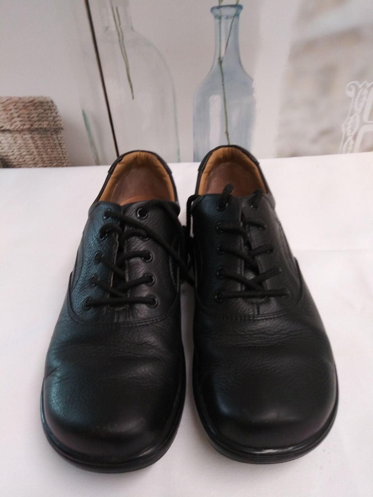 Nurse Mate Shoes Sz. 10M