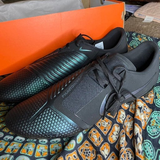 Nike Phantom Venom Pro Cleats