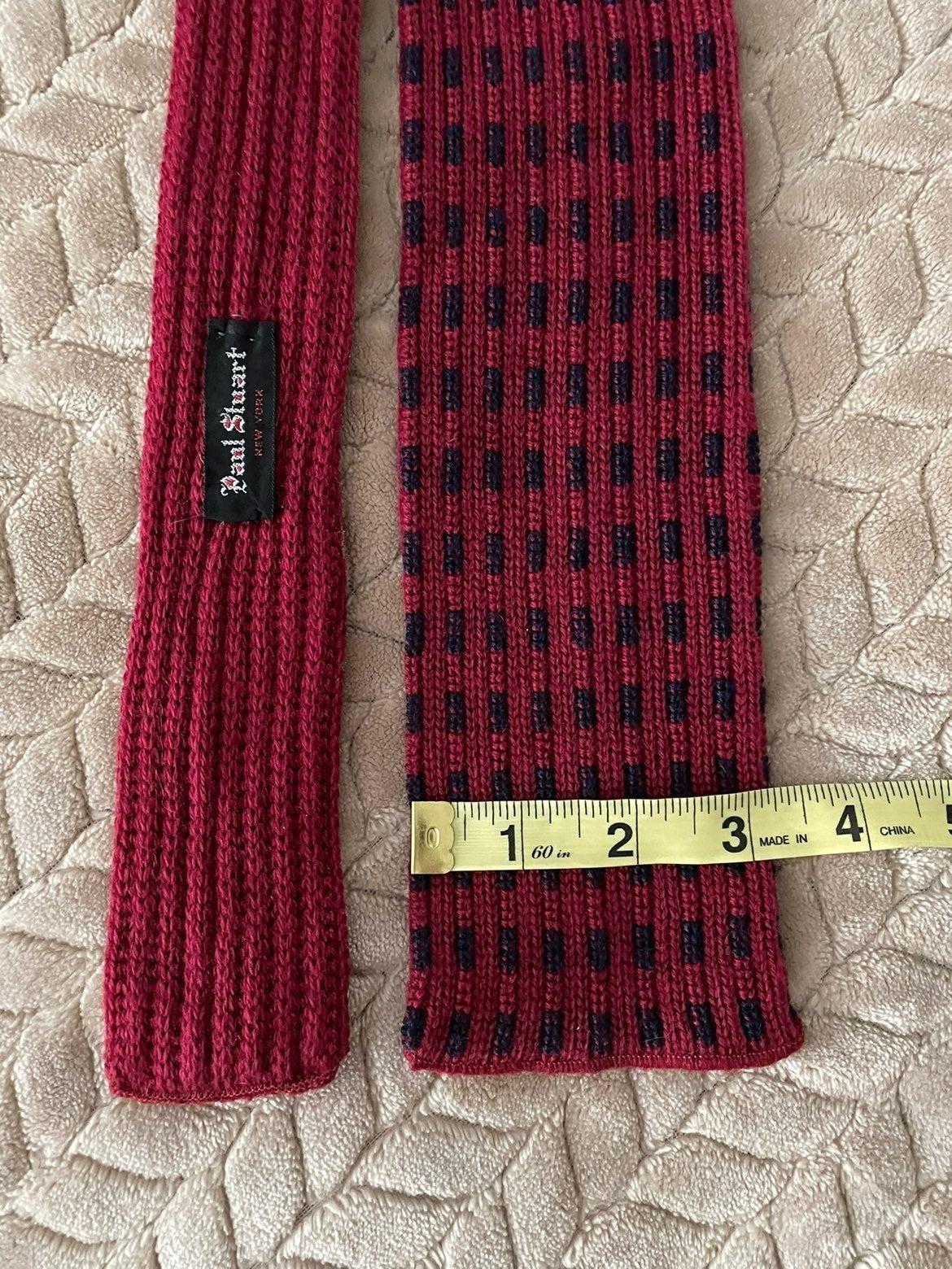 Vintage Paul Staurt knit tie square flat